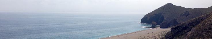 Aguamarga y la Playa de los Muertos